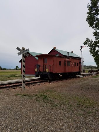Hardin, MT: Old train.