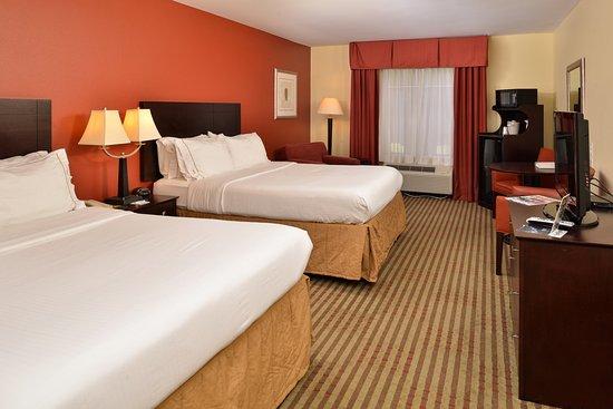 Dayton, TN: Queen Bed Guest Room