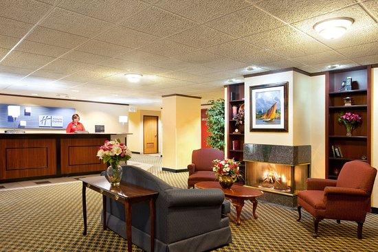 Sturtevant, WI: Hotel Lobby