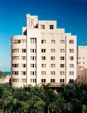 The Raleigh Miami Beach: Exterior Entire Building