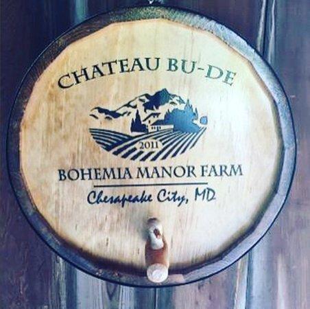 Chesapeake City, MD: Chateau Bu-De Wine Barrel