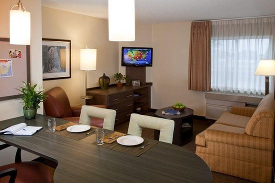 Morris Plains, Νιού Τζέρσεϊ: Deluxe Room One bedroom Suite
