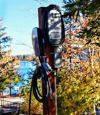 Lake Arrowhead, كاليفورنيا: Electric Vehicle Charging Station