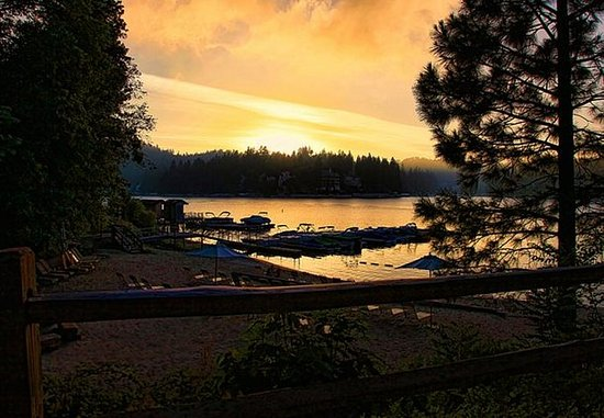 Lake Arrowhead, كاليفورنيا: Private Beach