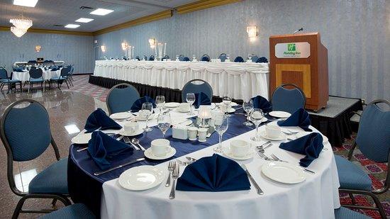 هوليداي إن - وينيبيج إيربورت ويست: Wedding in our Ballroom