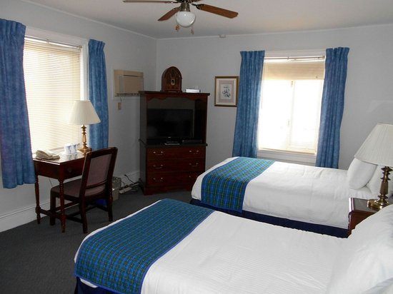 Pictou, Canada: Harbour view 2 beds