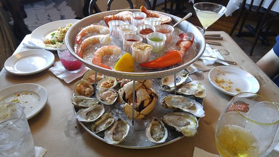 Elegant Thames Street Oyster House: Lord Baltimore Raw Bar Tower!