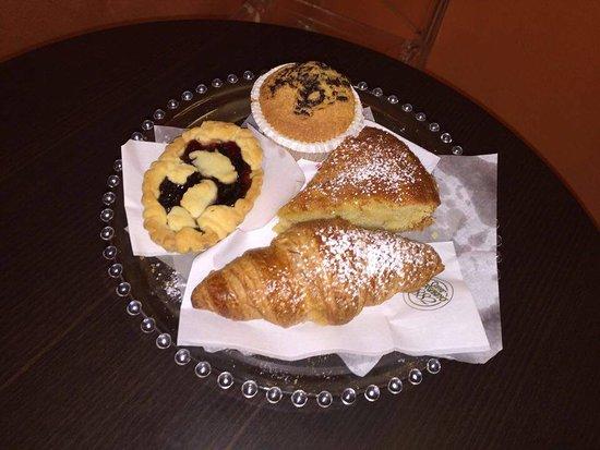 Ozieri, Ιταλία: Che colazione!
