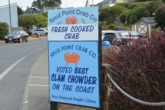 Spud Point Crab Company: Roadside signage