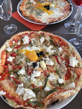 Photo de restaurant pizzeria la riviera for Garage de la riviera croix
