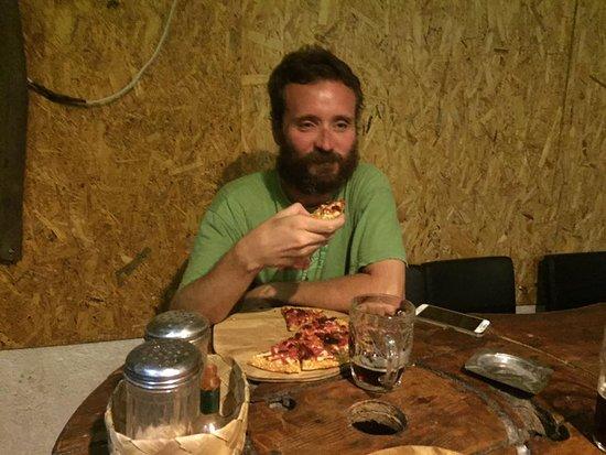 Sde Boker, Israel: Pizza and beer at Jumas