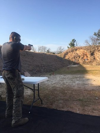 Flint, TX: 25, 50, and 100 YD Ranges