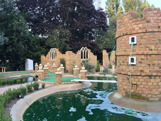 Quex Adventure Golf
