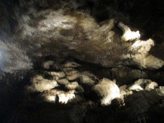 Tulelake, CA: Inside Mushpot Cave