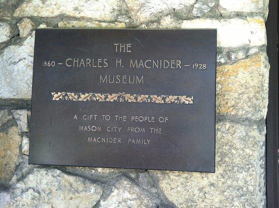 Mason City, IA: Plaque at the entrance