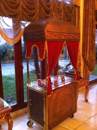 Deluxe Golden Horn Sultanahmet Hotel : Decoración en la recepción