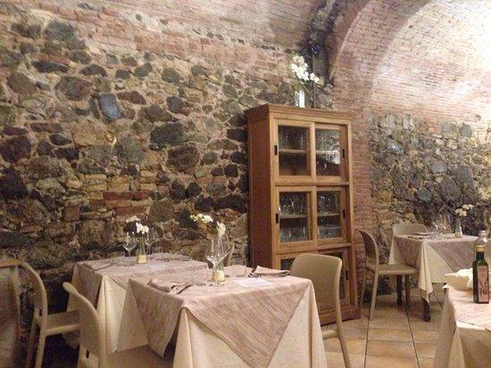 Castellina Marittima, إيطاليا: photo0.jpg