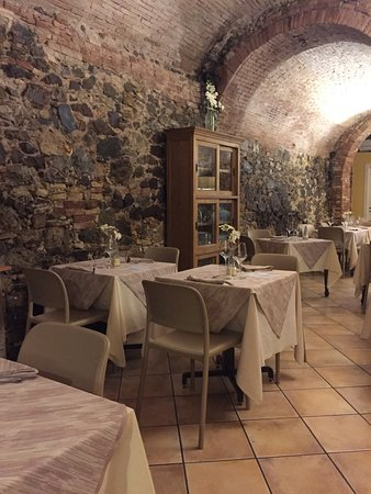 Castellina Marittima照片