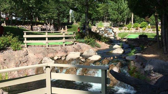 Settlers Mill Adventure Golf