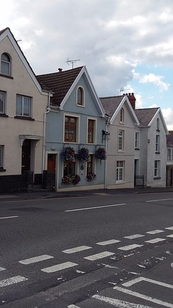 The front of Kidwelly B & B