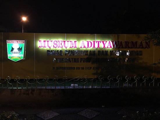 Adityawarman - jakarta-apartmentforrent.com
