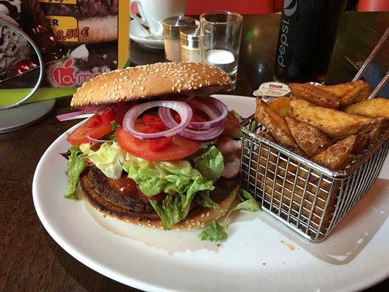 Reutlingen, Alemania: Beste Burger der Stadt