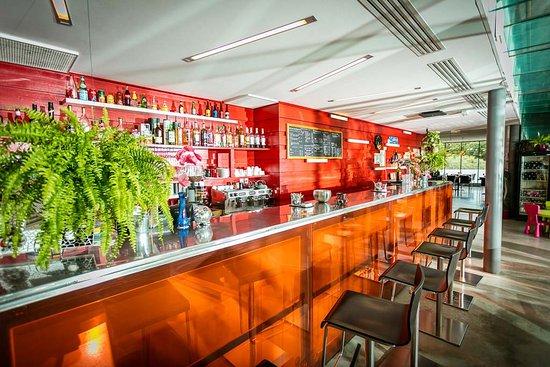 Taurinya, Fransa: Le Bar