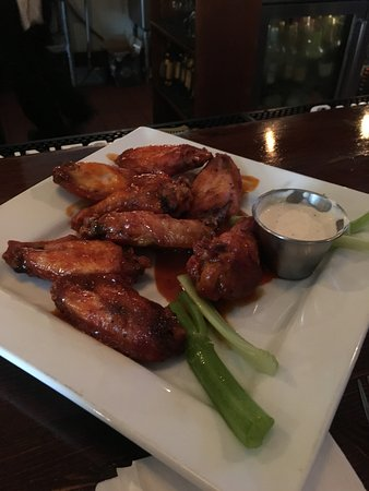 Bordentown, NJ: Buffalo Wings