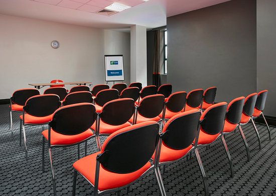 Holiday Inn Express Belfast City Queens Quarter: Meeting room in Holiday Inn Express Belfast