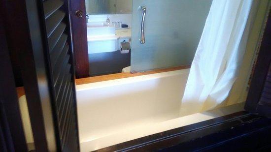 라야부리 호텔 파통 사진