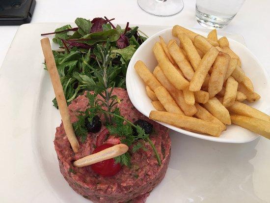 Le Paradis Marin : Déjeuner excellent comme d'habitude  Service impeccable Serveurs sympathiques,  Cuisine du chef