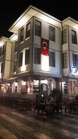 Lunas Hotel