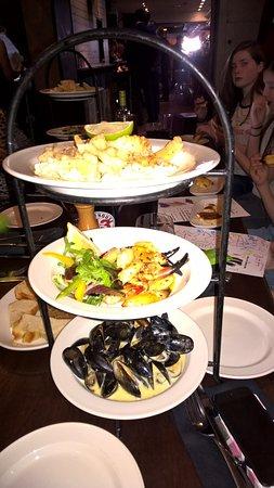 Donaghadee, UK: Seafood Tower (Sharing Starter)