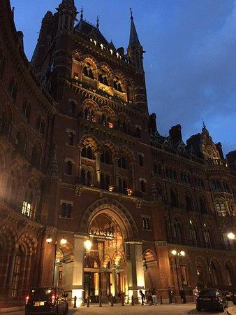 St. Pancras Renaissance Hotel London: photo4.jpg