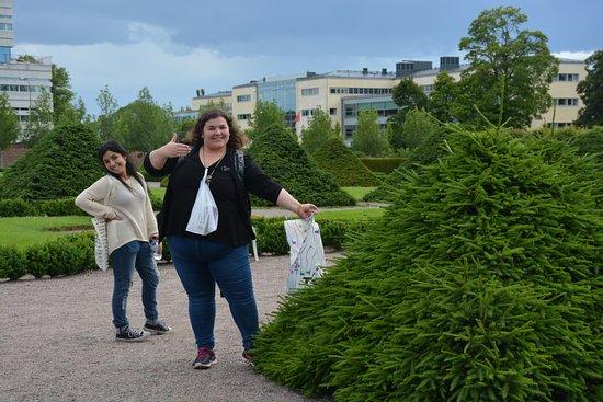 Uppsala, Sweden: Jardín botánico con una amiga!
