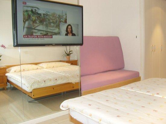 Zweisimmen, Schweiz: Gästezimmer