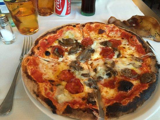 Pizzeria Victoria Grill: Victoria Grill