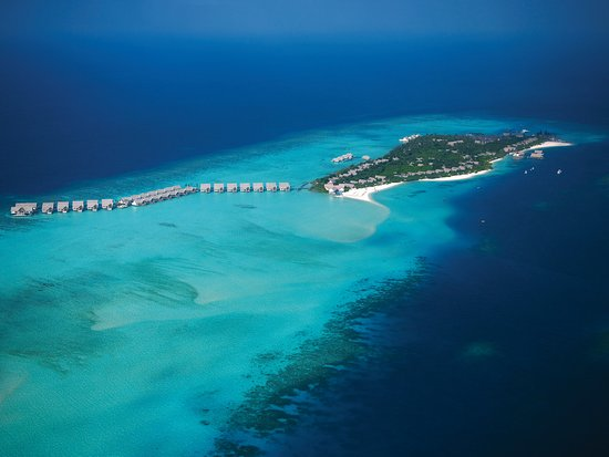 Four Seasons Resort Maldives at Landaa Giraavaru: Aerial Shot