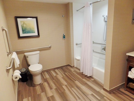 Accessible Bathroom Picture Of Homewood Suites By Hilton Boston - Accesible bathroom