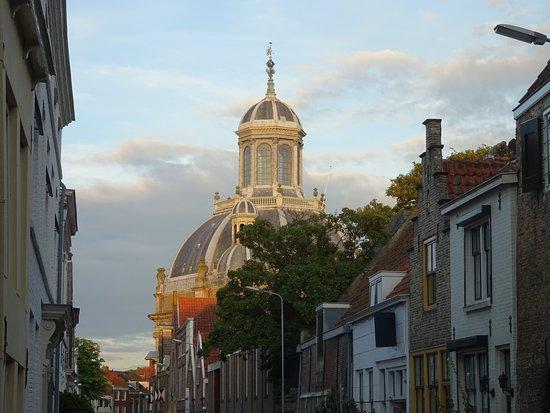 de Oostkerk van Middelburg uit 1667