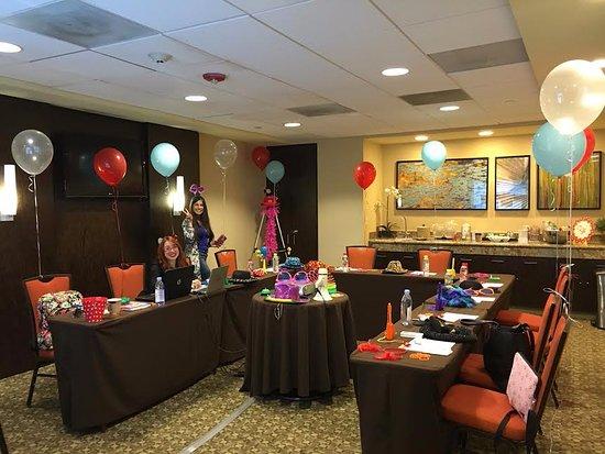 Hampton Inn & Suites San Juan Resmi