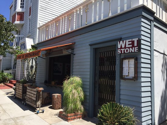 Lunch here is pleasant and delicious! - Picture of Wet Stone Winebar ...