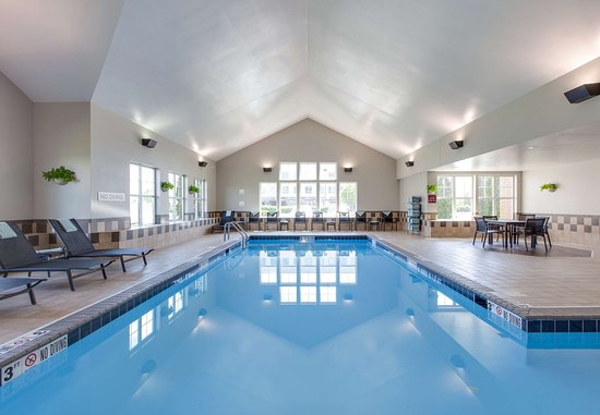 Bedford Park, IL: Indoor Pool