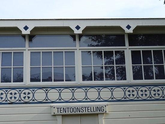 Domburg, Nederländerna: museumgebouw Marie Takmuseum