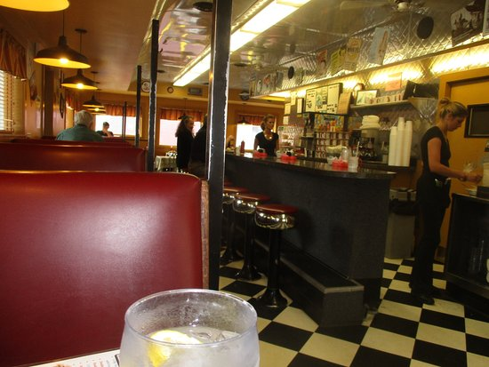 Bainbridge, NY: Bobs inside the diner