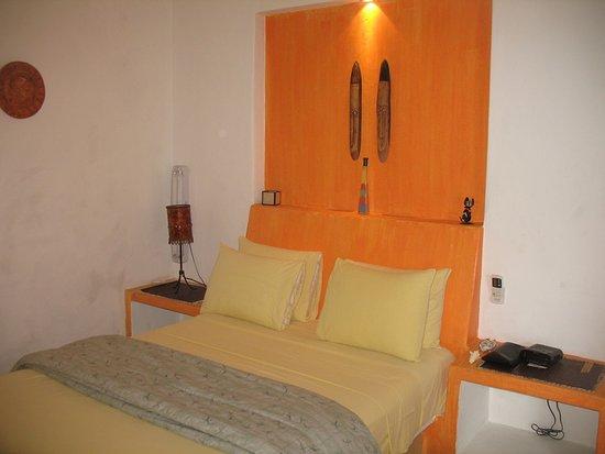 Casita de Maya: Standard Queen Bedroom