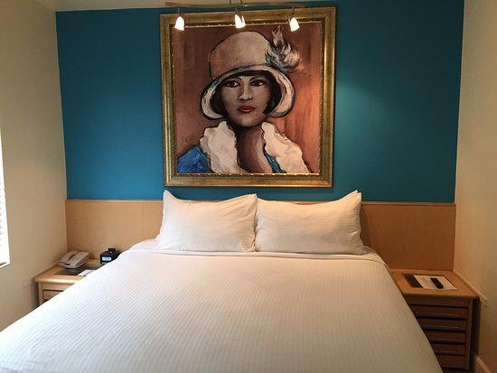 Crescent Resort On South Beach Photo