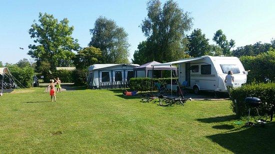 camping de wijde blick renesse holland campingplads. Black Bedroom Furniture Sets. Home Design Ideas
