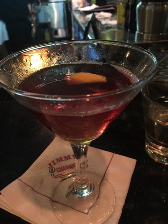 Libertyville, IL: From 3-6 they have a great Happy Hour! Jay makes a great Rob Roy.