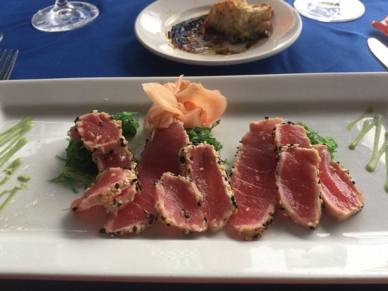 Beach Side Cafe: Black and White Tuna
